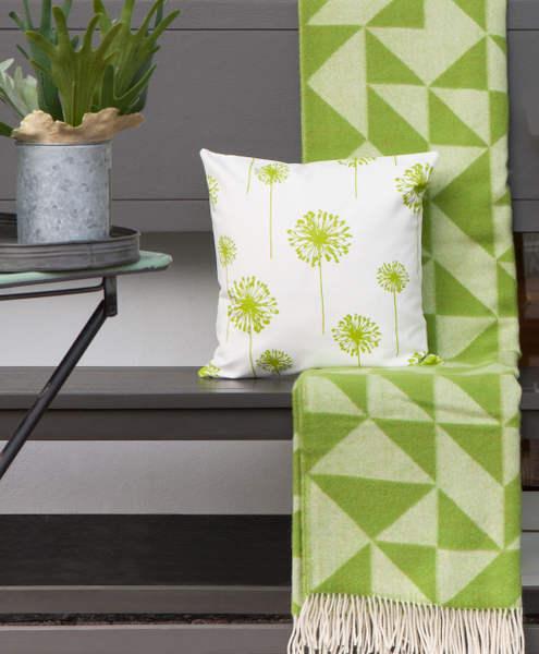 kissenbezug dandelion wei gr n blumen l wenzahn 50 x 50 cm. Black Bedroom Furniture Sets. Home Design Ideas