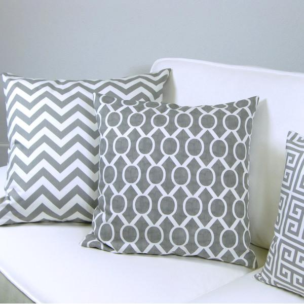 kissenh lle zippy grau wei zickzack gestreift 30 x 50 cm. Black Bedroom Furniture Sets. Home Design Ideas