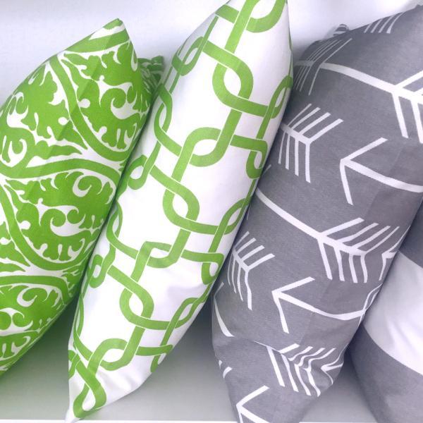 kissenh lle embrace grau wei geometrisch batikdruck 40 x. Black Bedroom Furniture Sets. Home Design Ideas